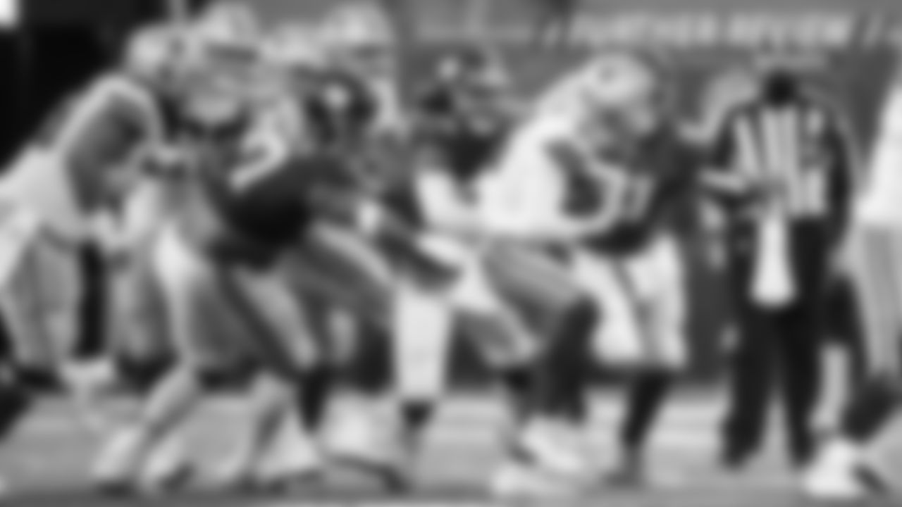 Player of the Game: The Giants' defensive end Leonard Williams was a problem the entire game for the Cowboys, especially at the end when he made a critical sack on Andy Dalton. The Cowboys left Williams unblocked and the 10-yard loss put them in a bad spot to try and get the go-ahead score, eventually leading to an interception.