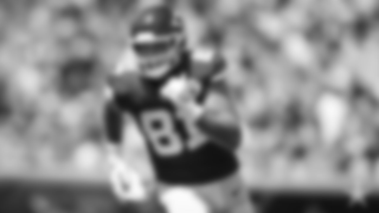 TE | Blake Bell: Jason Witten is the Cowboys' all-time leader in catches and receiving yards, but last season was among his best as a blocker for Ezekiel Elliott and the run game. With Witten expected to head to the Raiders, Bell could emerge as a nice complement to Blake Jarwin's vertical game. Bell is a big tight end, a good athlete and a capable blocker.