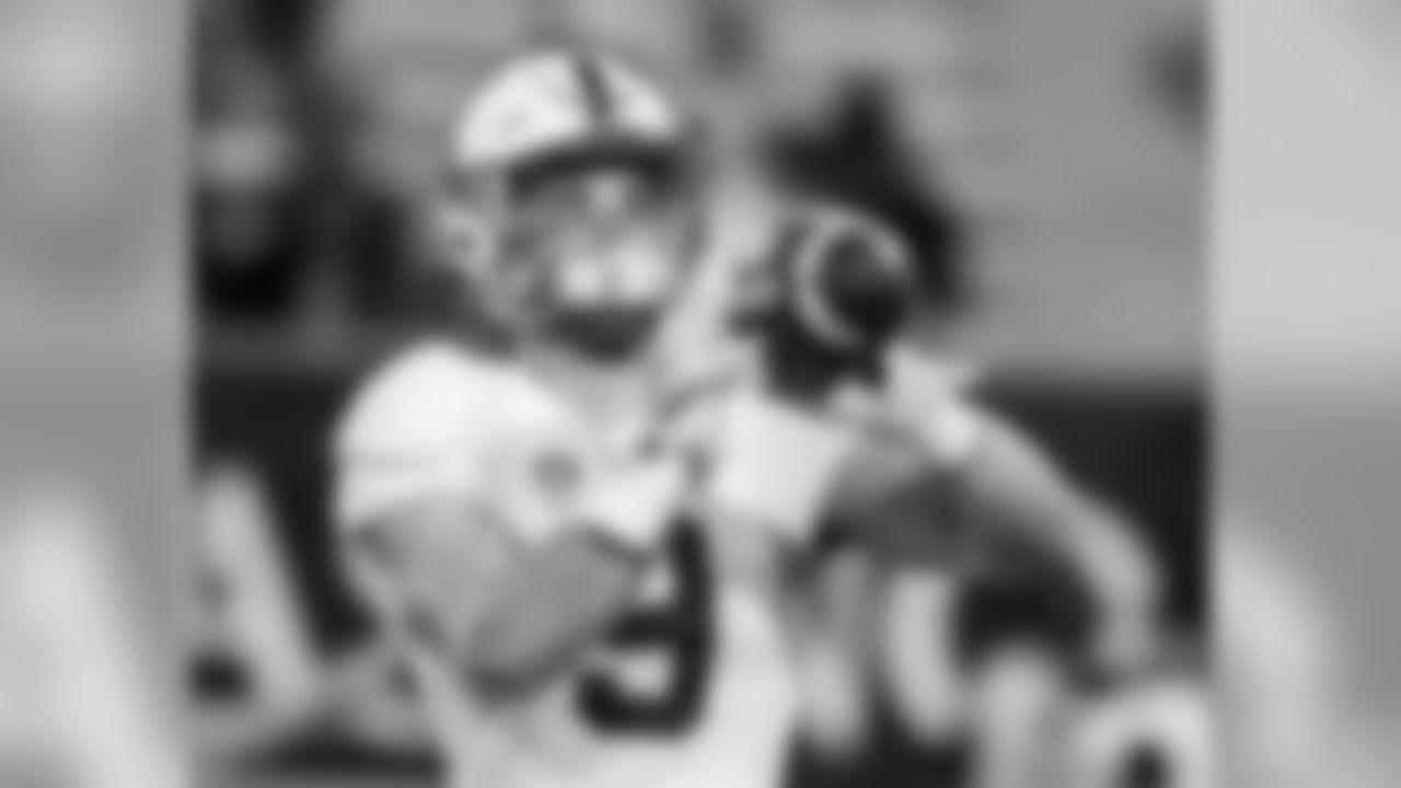 Stanford tight end Dalton Schultz (9) during the second half of an NCAA college football game against Arizona, Saturday, Oct. 29, 2016, in Tucson, Ariz. Stanford defeated Arizona 34-10. (AP Photo/Rick Scuteri)