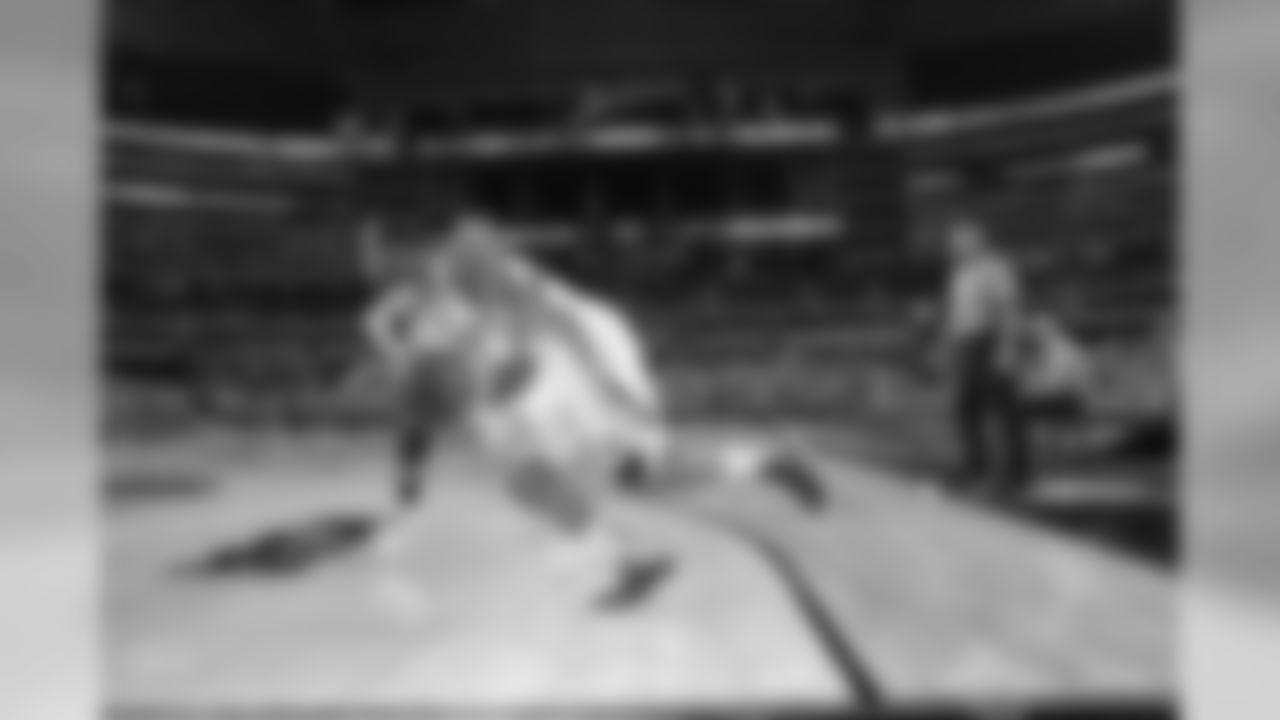 temp20130329_NCAA_Michigan_Kansas01.jpg