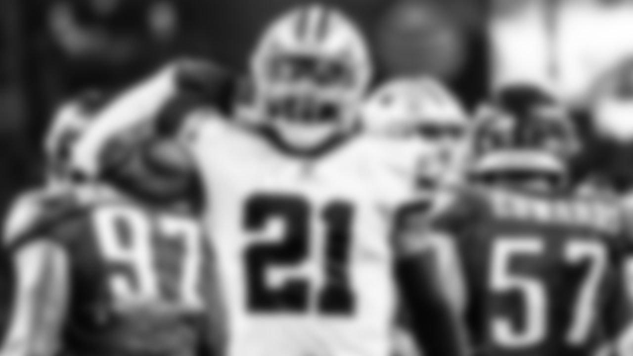 """Zeke Staying Fresh  For an NFL running back, """"fresh"""" is probably a relative term during the season, but Ezekiel Elliott says he feels good physically after three games.  """"I don't feel as fresh as Week 1, but I definitely feel good,"""" he said Wednesday.  Elliott still has 44 carries through three games – still the most on the team by a good margin. But backup Tony Pollard has taken on a larger role so far, rushing 27 times.  By splitting up the work more evenly, the Cowboys hope it will prevent wear and tear for both players throughout the year.  """"I think we're keeping everyone fresh,"""" Elliott said. """"We added an extra game so it's not 16, it's now 17. We added an extra game to an already long season. I think the biggest thing is keep everyone fresh, keep everyone as healthy as long as we can.""""  — Rob Phillips (9/29)"""