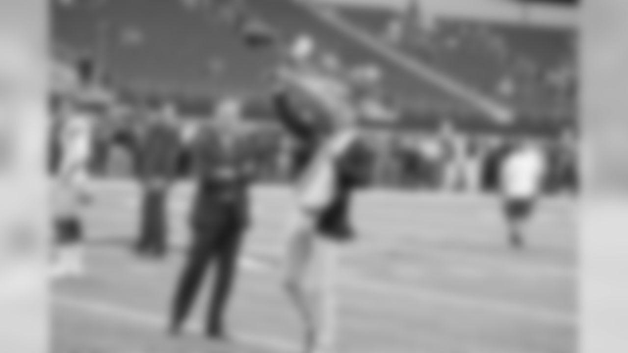 27 September 2015:   Views of the Dallas Cowboys during the Cowboys game with the Atlanta Falcons at AT&T Stadium in Arlington, Texas.  Photo by James D. Smith/Dallas Cowboys