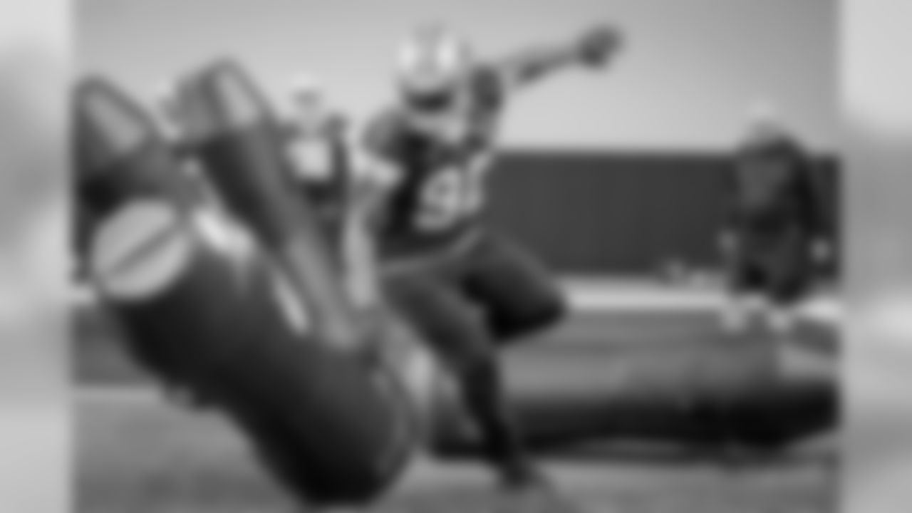 20180604_dal_demarcus_lawrence08.jpg