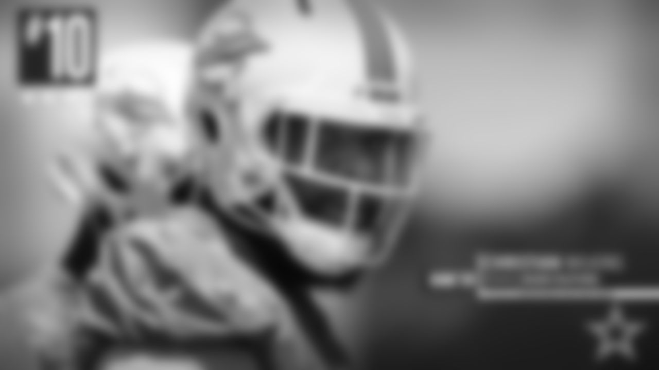 **10\. Christian Wilkins:** This kid didn't get enough credit for how well he played while at Clemson. Their defensive line was so good, I felt like fans forgot about him. Big athlete. Can redirect when chasing the ball. Works down the line well. Can disengage from blockers quickly. Can get some push in the middle of the pocket or anchor down if he needs to. Gets up the field well. Has the power to hold the gap. Plays square along the line. Uses his hands well to handle the low block. Can close things down in the hole. Pass rush moves with power. Active to use on the twist. Can get around the corner when on the move. This guy has some disruptive skill to his game