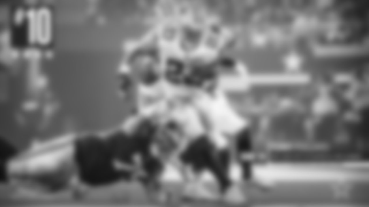 Tony Pollard – This is exactly what the Cowboys envisioned for Pollard's role. He had 75 rushing yards – his fourth-most of his career, with 28 receiving yards on four catches. He provided a needed spark when Zeke went out, just as he's done all year.