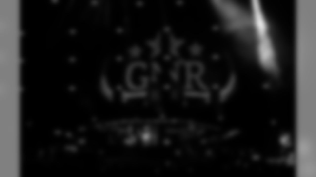 Guns N' Roses!