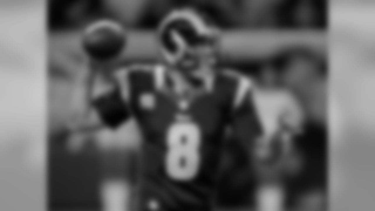 QB Sam Bradford was acquired by the St. Louis Rams with the 1st overall selection in the 2010 NFL Draft