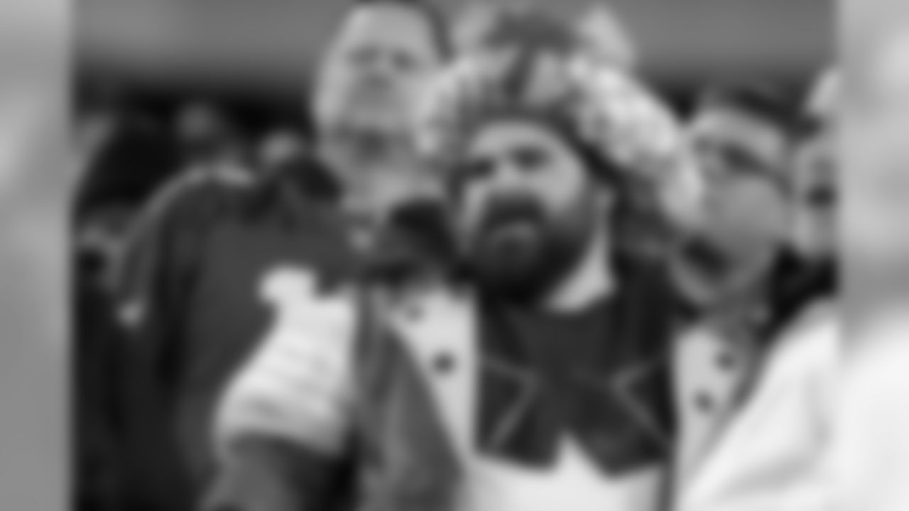 Jason Kelce approved of this outfit  Philadelphia Eagles vs. Washington Redskins at Lincoln Financial Field on December 3, 2018