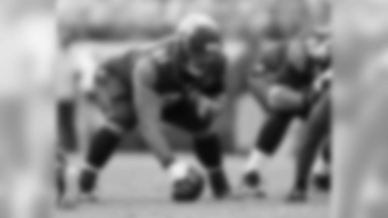 G/C Stefen Wisniewski spent last season with the Jaguars
