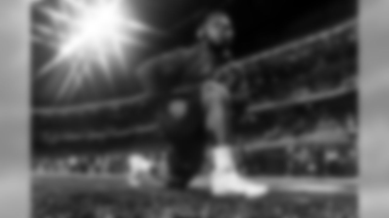 Atlanta Falcons defensive tackle Grady Jarrett #97 warms up before the game between the Atlanta Falcons and the New Orleans Saints at Mercedes-Benz Stadium in Atlanta, GA, on Thursday November 28, 2019. (Photo by Cato Cataldo/Atlanta Falcons)