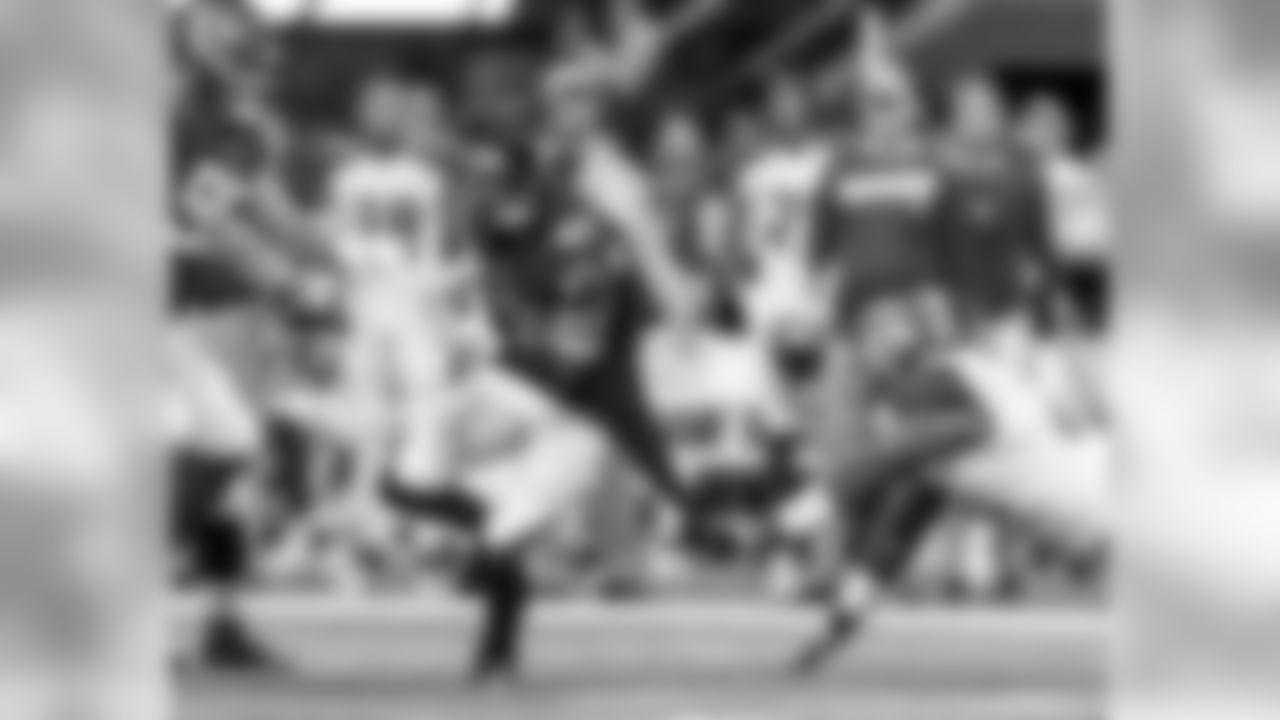 Atlanta Falcons defensive back Sharrod Neasman #41 picks up a blocked extra point and runs against the Tampa Bay Buccaneers at Mercedes-Benz Stadium in Atlanta, GA, on Sunday November 24, 2019. (Photo by Kara Durrette/Atlanta Falcons)