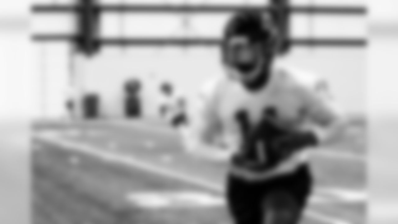 Atlanta Falcons wide receiver Julio Jones #11 in action during practice. (Photo by Kara Durrette/Atlanta Falcons).