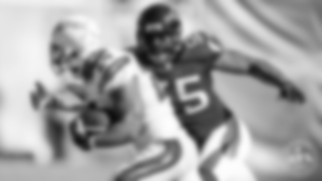 John Abraham | Atlanta Falcons All-Decade Team