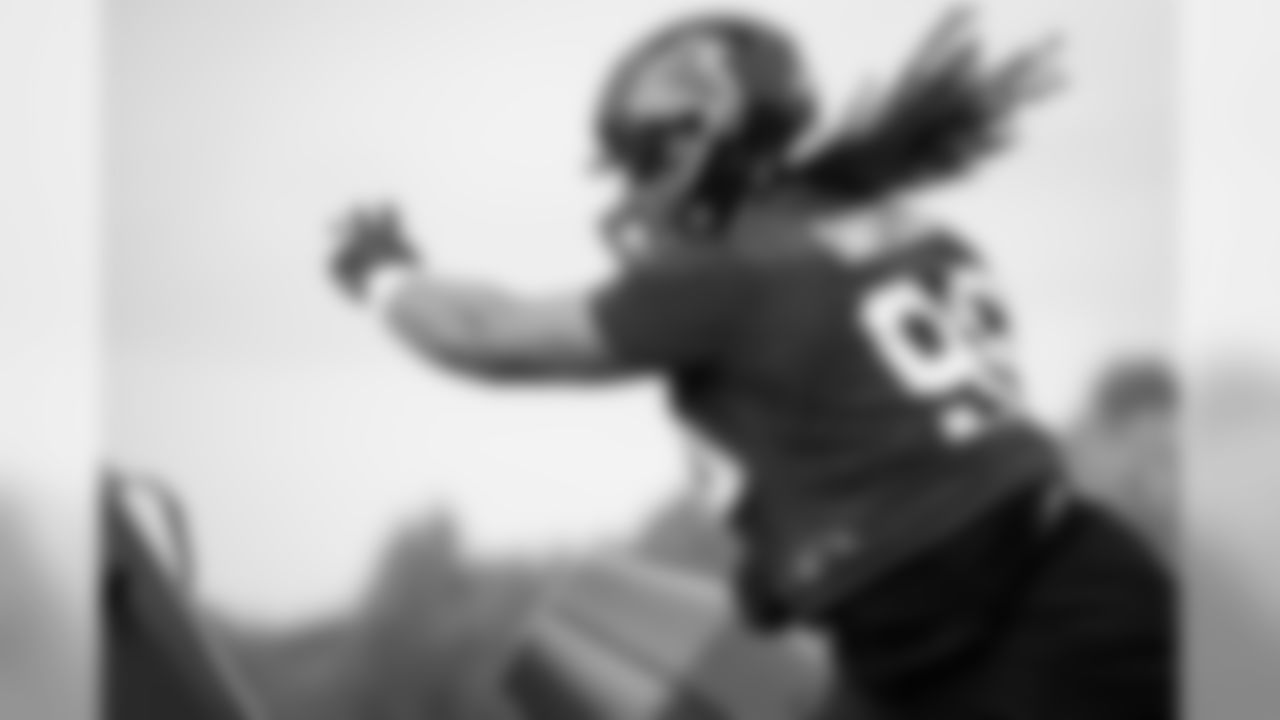 Atlanta Falcons defensive tackle Tyeler Davison #96 in action during practice. (Photo by Kara Durrette/Atlanta Falcons)