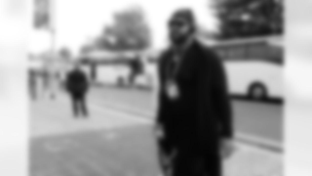 Atlanta Falcons Mike Pennel #98 arrives Tottenham Hotspur Stadium before facing the New York Jets in London, England on Sunday, October 10, 2021. (Photo by Chris Trotman/Atlanta Falcons)