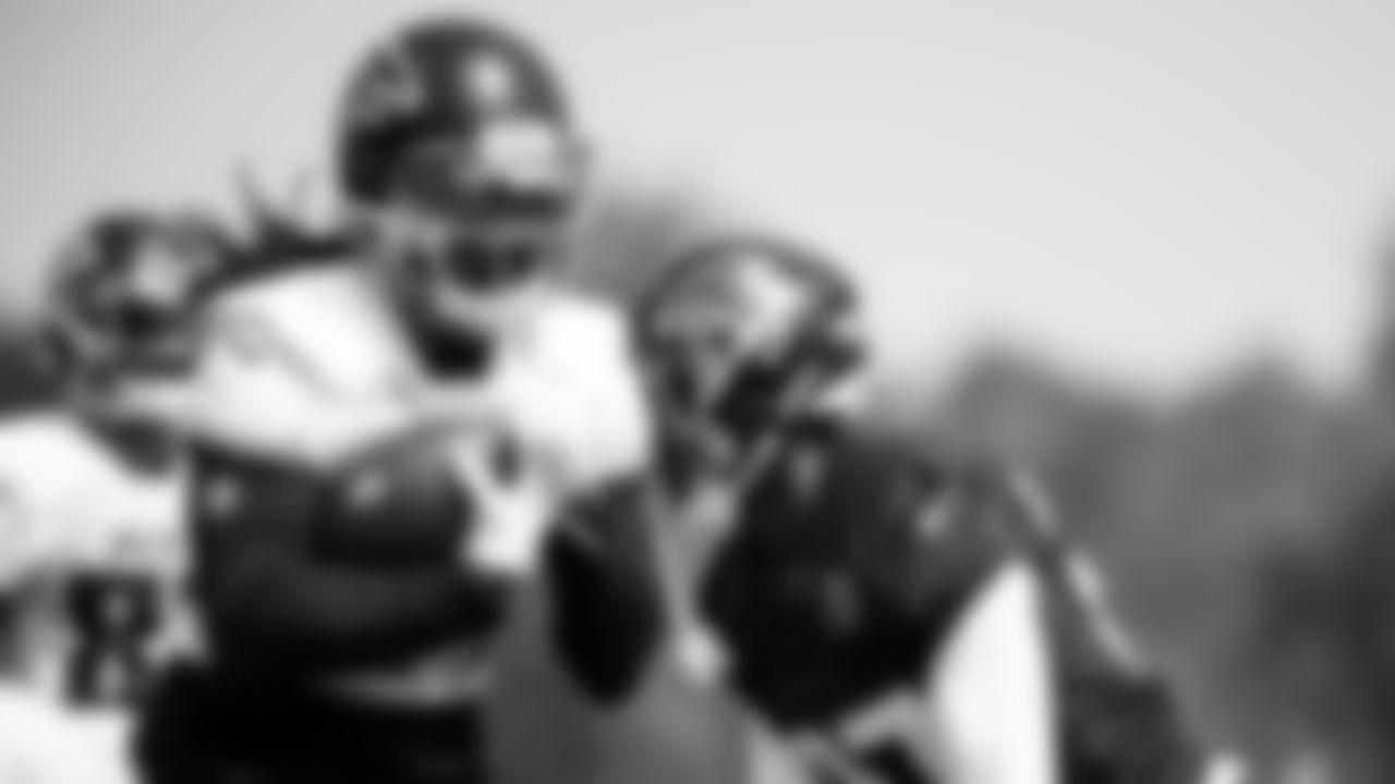 Atlanta Falcons running back Cordarrelle Patterson #84 runs with the ball during AT&T Atlanta Falcons Training Camp at Atlanta Falcons Headquarters in Flowery Branch, Georgia, on Saturday July 31, 2021. (Photo by Dakota Williams/Atlanta Falcons)