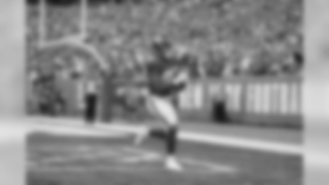 TE EVAN ENGRAMThe first-round draft choice has caught a touchdown in four consecutive games, bringing his season total up to five. He needs one more to break Bob Tucker's franchise record for most touchdowns by a rookie tight end, which he set in 1970.