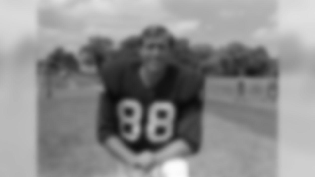 T.6 Aaron Thomas-1964-6 TDs