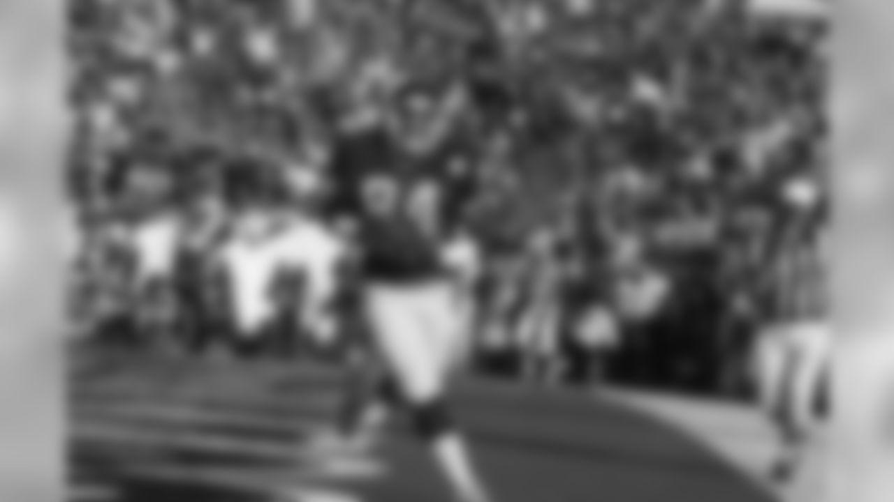SUPER BOWL XXIZeke Mowatt 6-yard touchdown reception from Phil Simms5:27 left in 1st QtrDRIVE: 9 plays, 78 Yards, Time 5:24Giants 7, Denver 3>> WATCH SUPER BOWL XXI HIGHLIGHTS