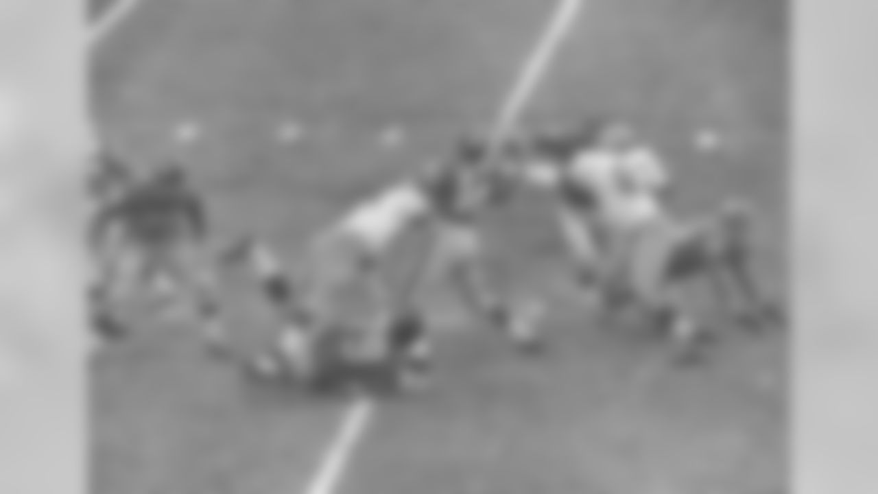 In 1961, the Giants traded for future Hall-of-Fame quarterback Y.A. Tittle from the San Francisco 49ers.