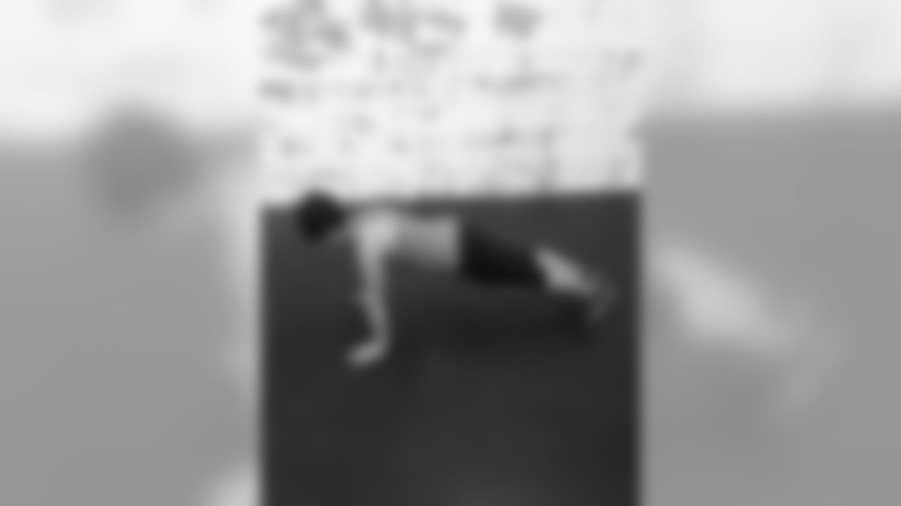 Hand release push upsFor hand release push-ups, start in push-up position...