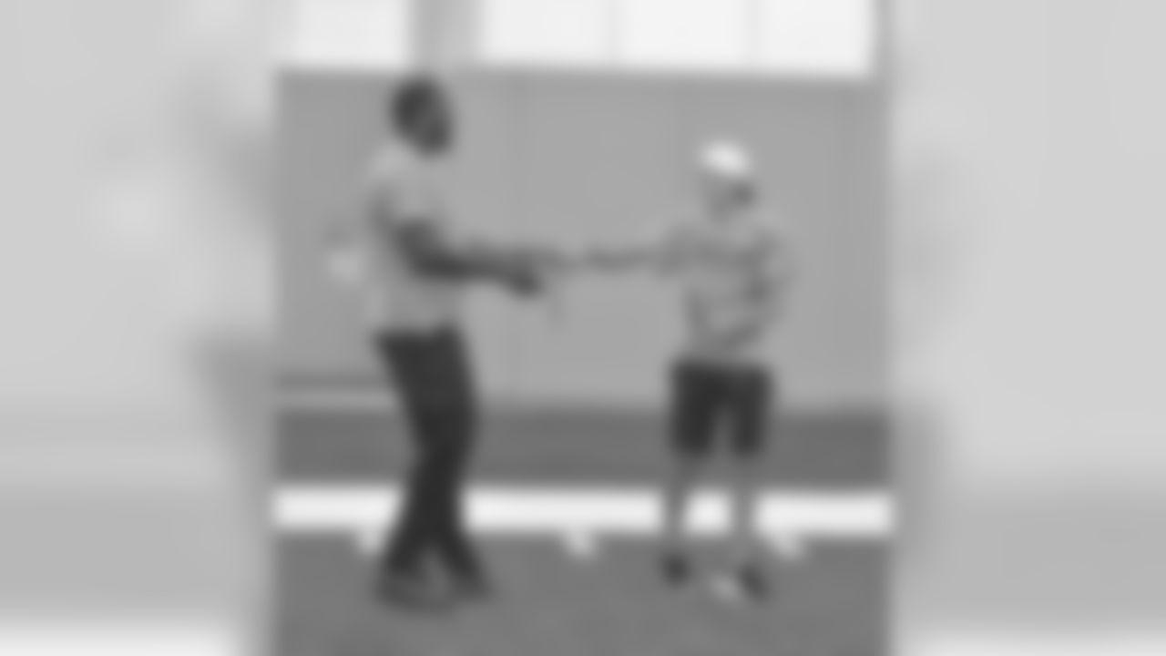 Jacksonville Jaguars defensive tackle Malik Jackson Salute to Service Football Camp for military children Wednesday June 6, 2018 in Jacksonville, Fl. (Rick Wilson/Jacksonville Jaguars)