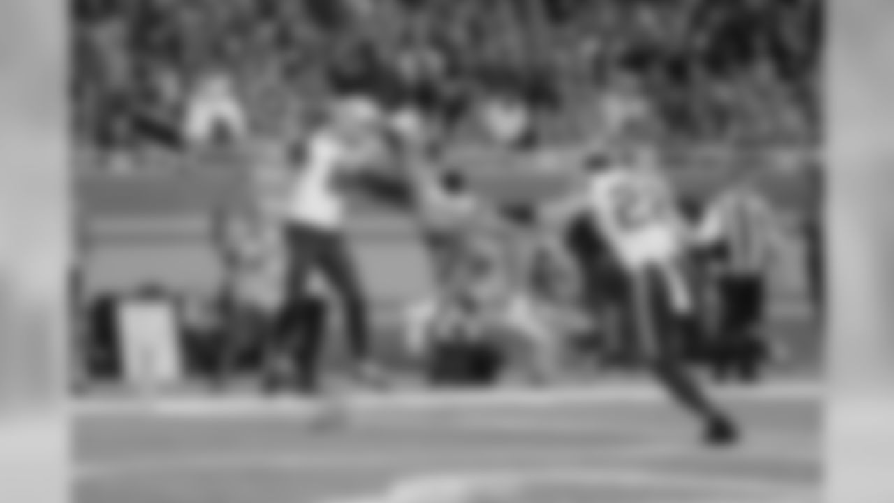 Detroit Lions wide receiver Marvin Jones Jr. (11) catches a touchdown pass during a NFL football game against the Minnesota Vikings Sunday, Oct. 20, 2019 in Detroit. (Detroit Lions via AP).