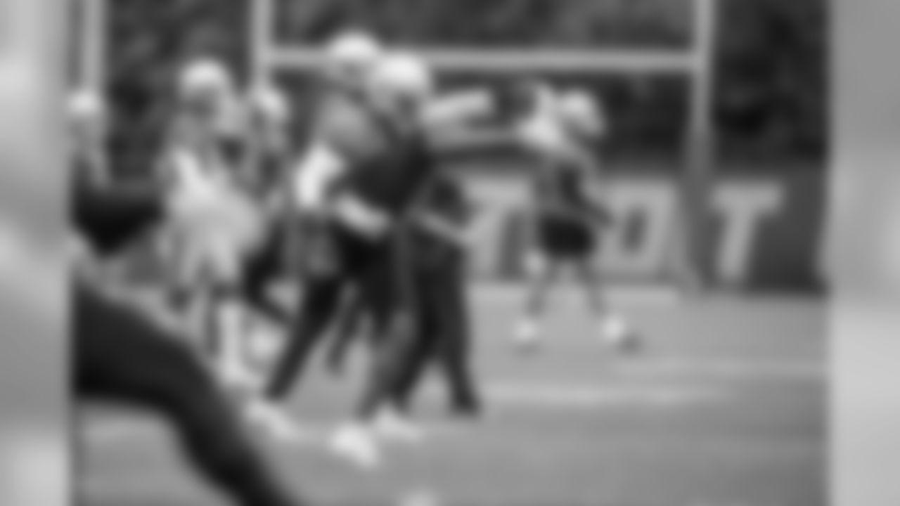 Detroit Lions linebacker Jarrad Davis (40) stretches during Day 2 of minicamp on Wednesday, June 5, 2019 in Allen Park, Mich. (Detroit Lions via AP)