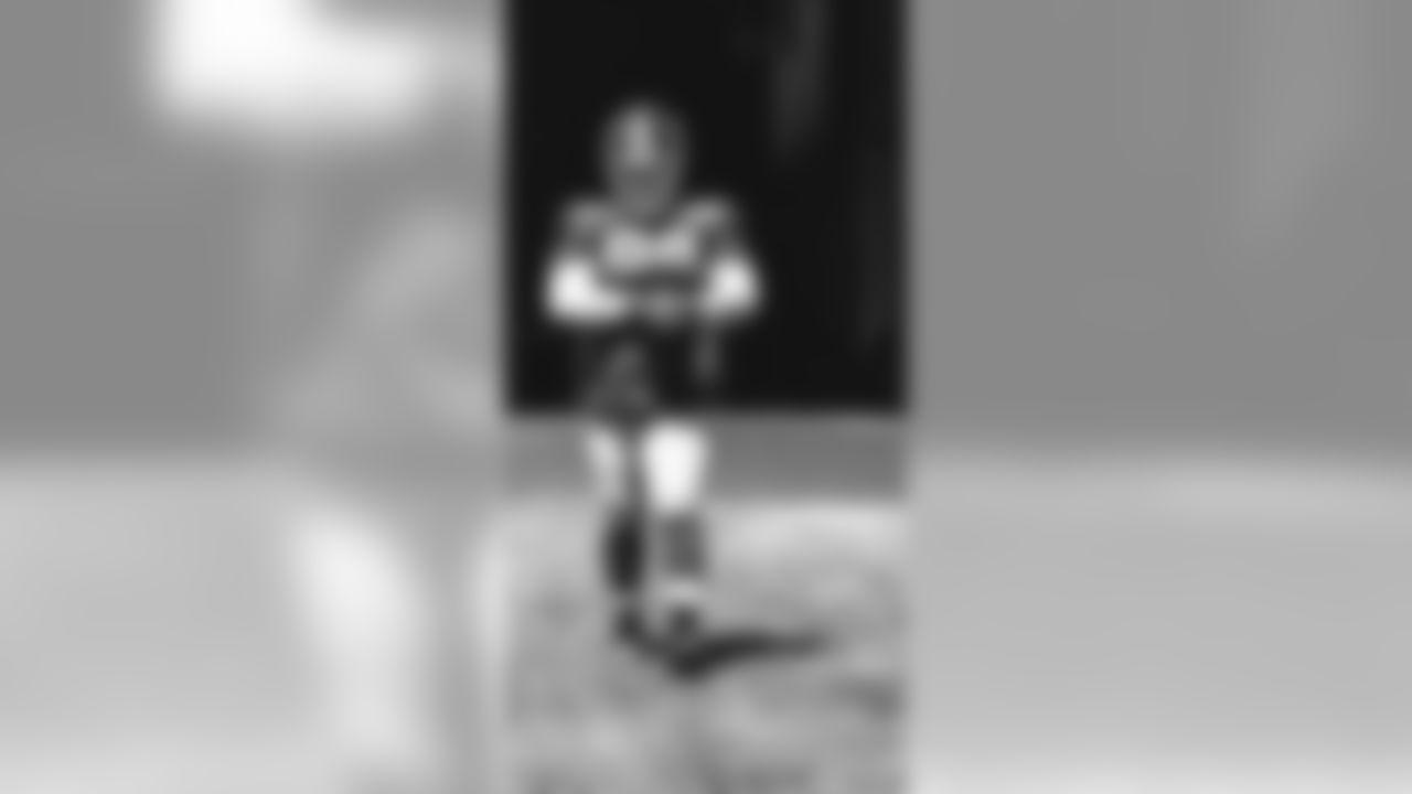 E_17_0801_GiantsPractice013-3