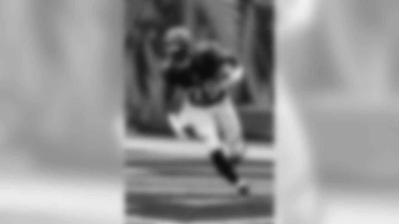 Cincinnati Bengals cornerback Tony McRae (29) before an NFL football game against the Indianapolis Colts n Cincinnati, Thursday, Sept. 1, 2016. (AP Photo/Gary Landers)