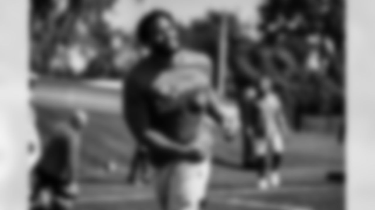 Detroit Lions defensive end Trey Flowers (90) during  Phase II Workouts at Allen Park. 2021 (AP Photo)