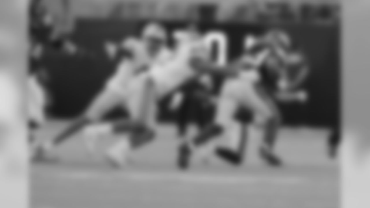 Detroit Lions linebacker Devon Kennard (42) during a NFL football game against the Minnesota Vikings on Sunday, Nov. 4, 2018 in Minneapolis. (Detroit Lions via AP).
