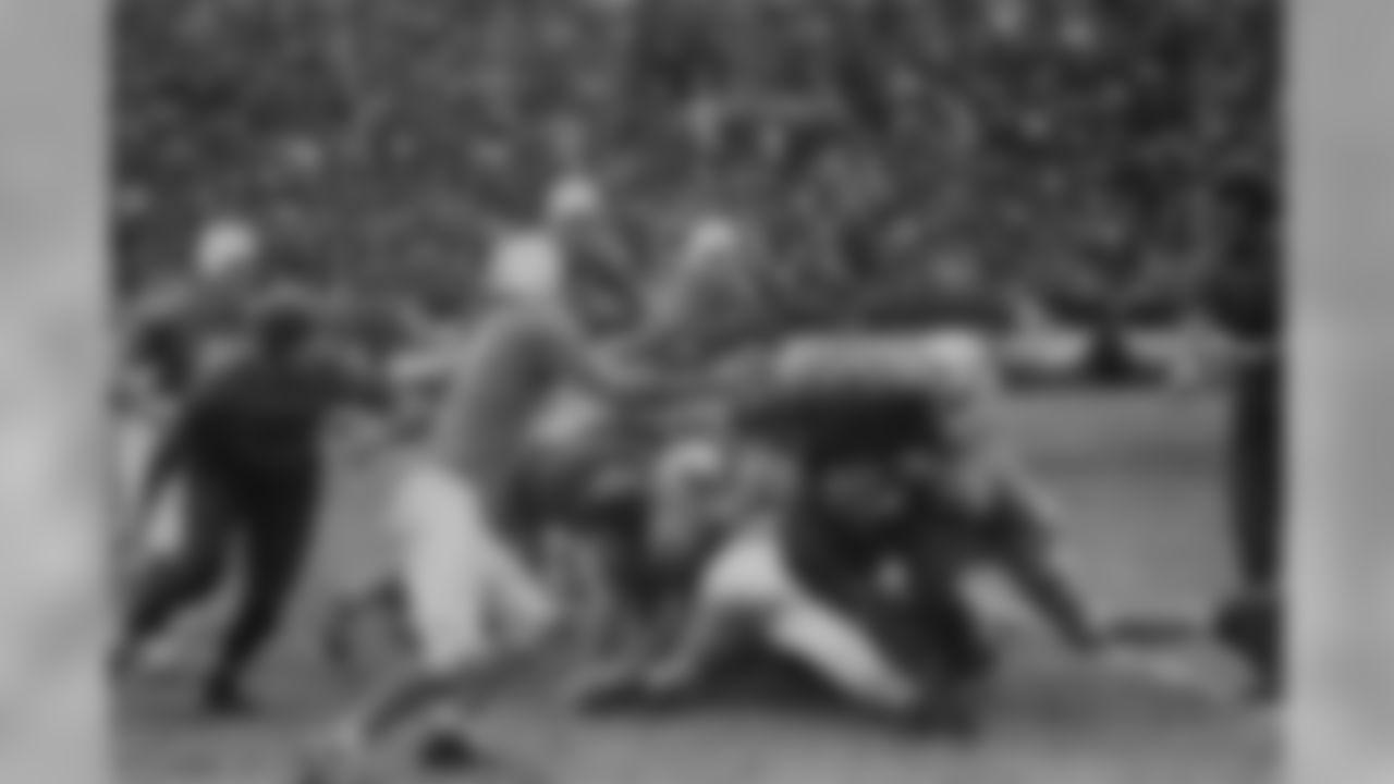 Nov. 28, 1935: Lions 14, Bears 2