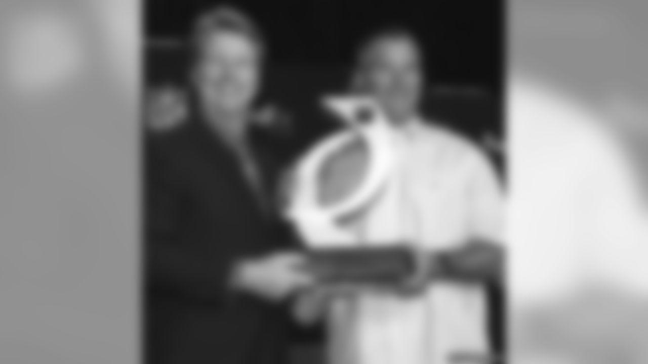 Phil Simms and Brett Favre