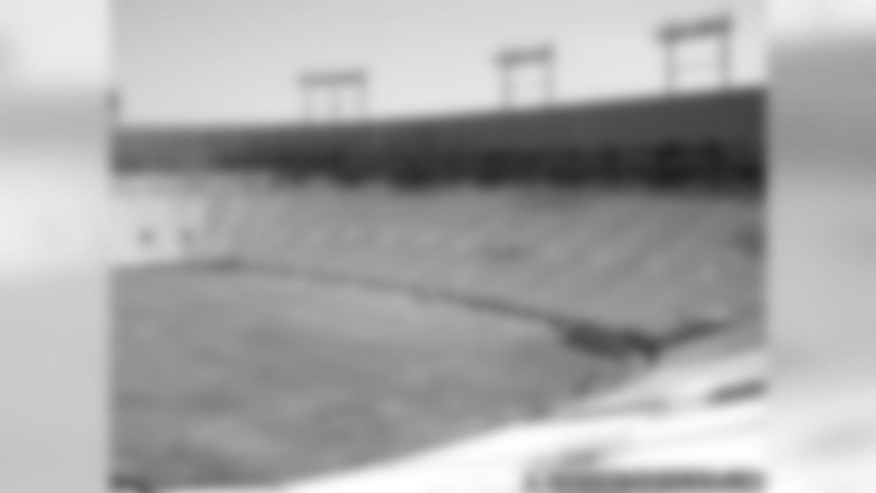 Lambeau Field Gets New Playing Surface
