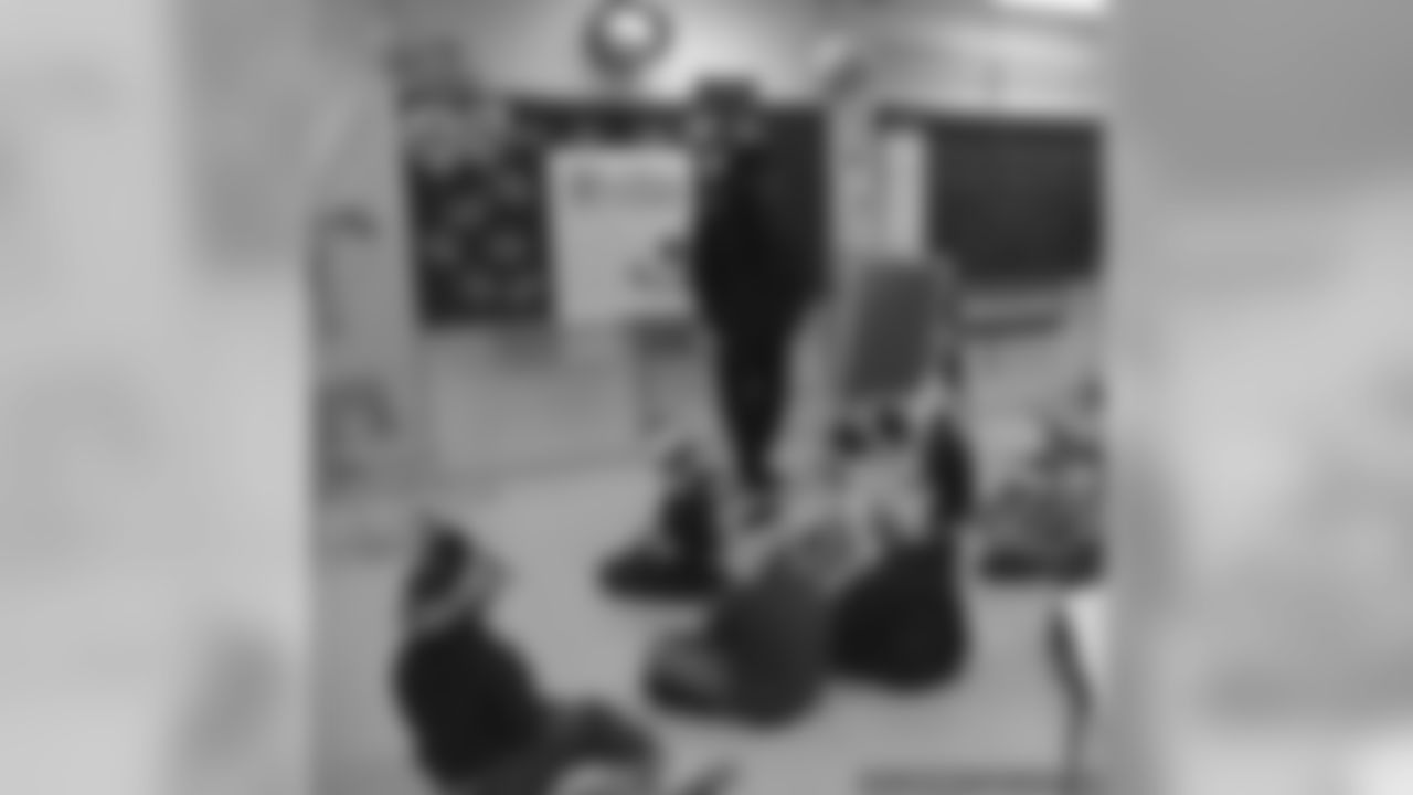 Al Harris Visits Lincoln Elementary School