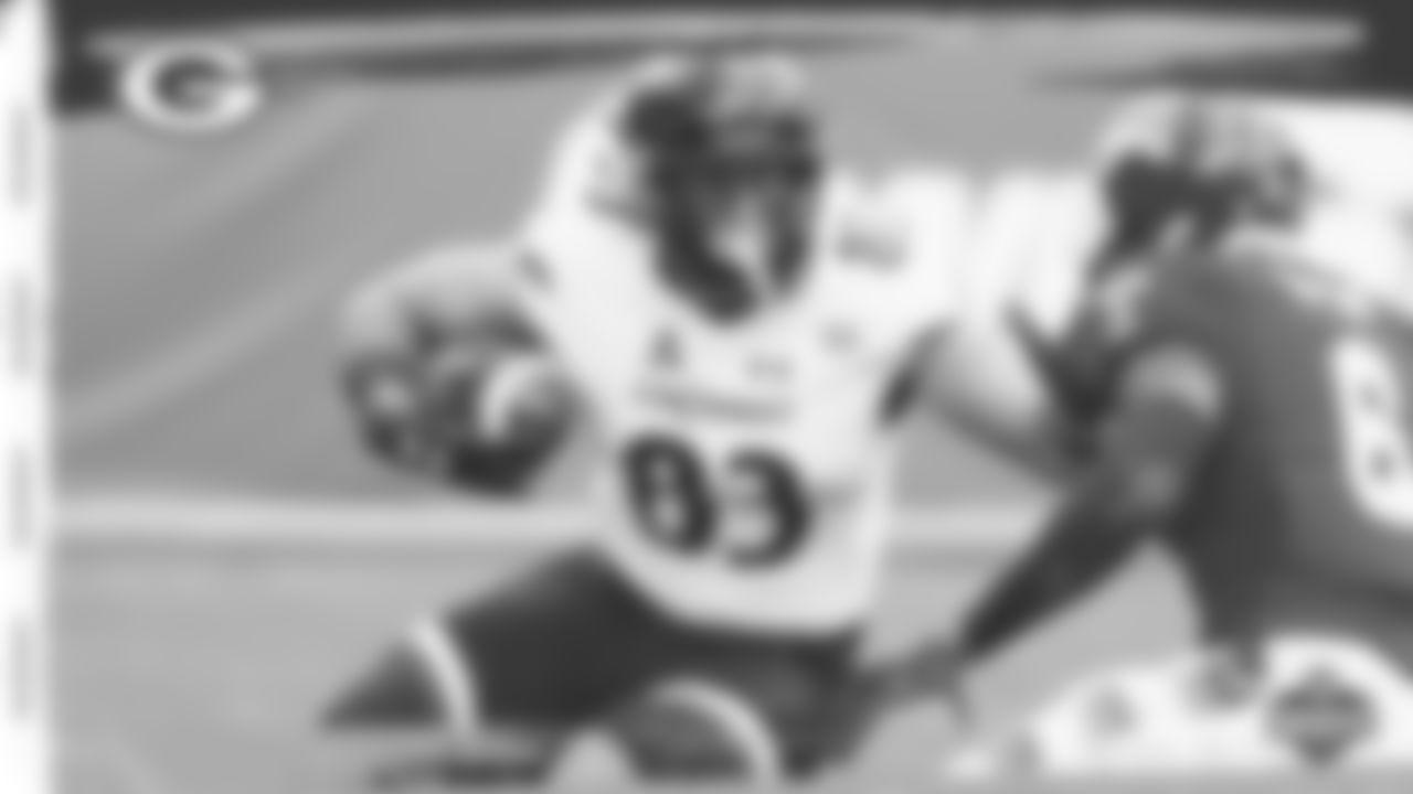 Packers TE Josiah Deguara