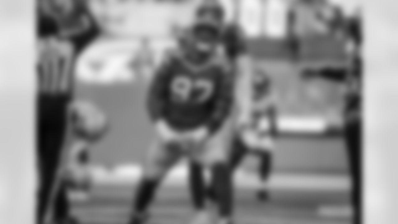 DL Kenny Clark (2016 - present)