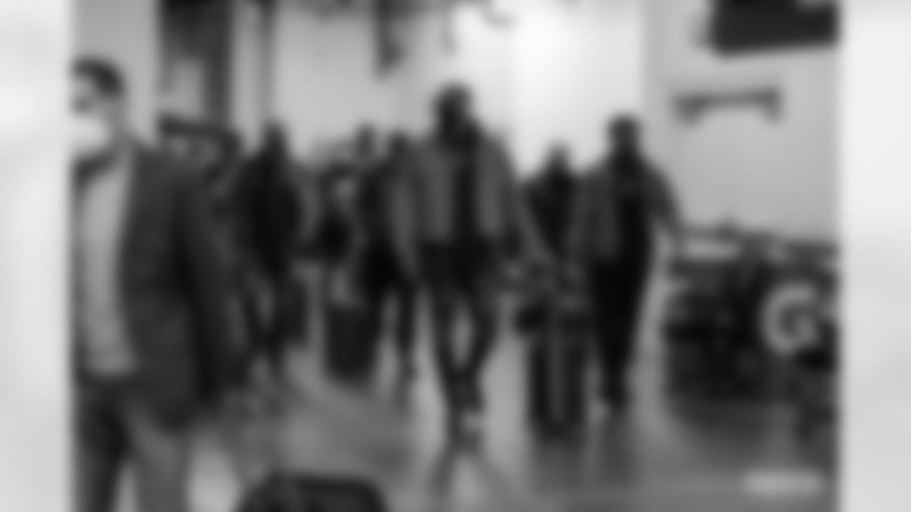 201122-arrival-INDY-siegle-WM-001