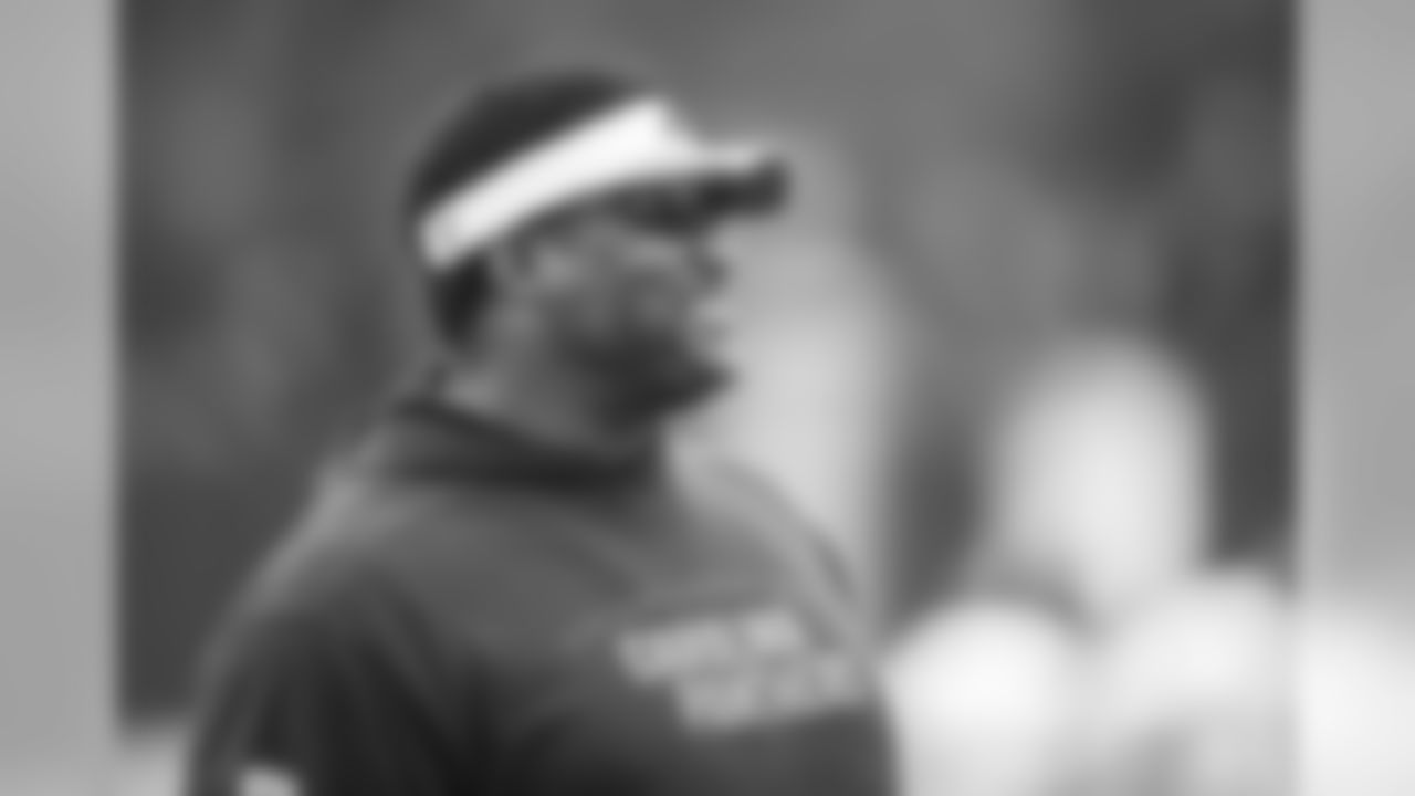 Assistant Offensive Line Coach Ray Brown