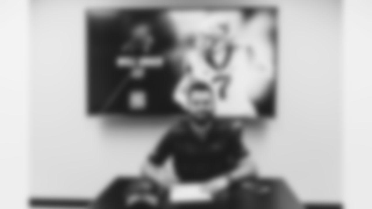 RookieSignings_27