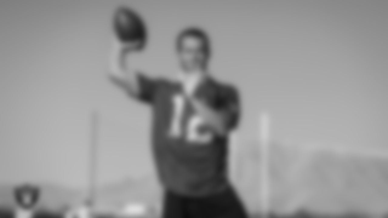 Las Vegas Raiders quarterback Derek Carr (4) on the field for a walk through at 2020 Training Camp.