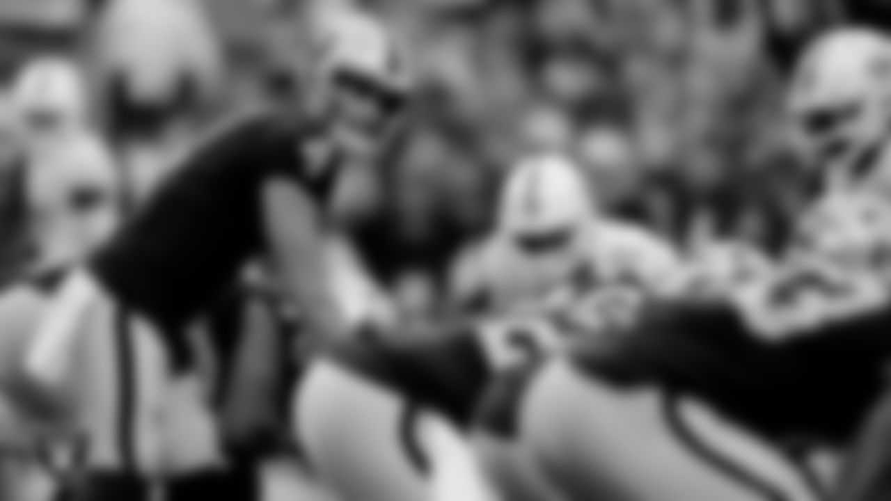 Las Vegas Raiders quarterback Derek Carr (4) during the regular season home game against the Miami Dolphins.