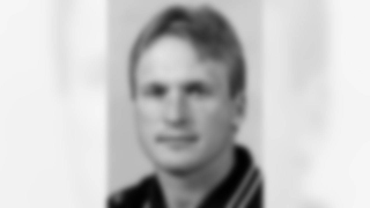 Raiders Head Coach Jon Gruden's headshot from 1998.