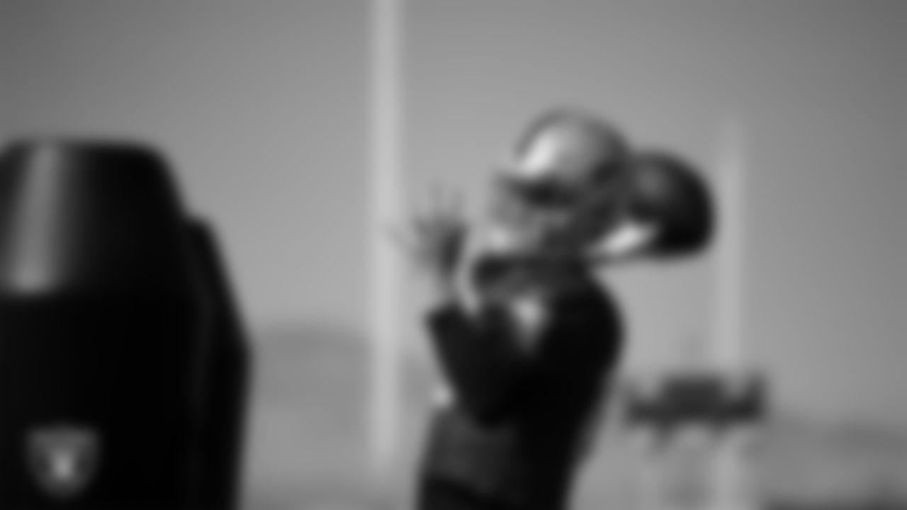 Las Vegas Raiders quarterback Kyle Sloter (10) during practice at Intermountain Healthcare Performance Center.