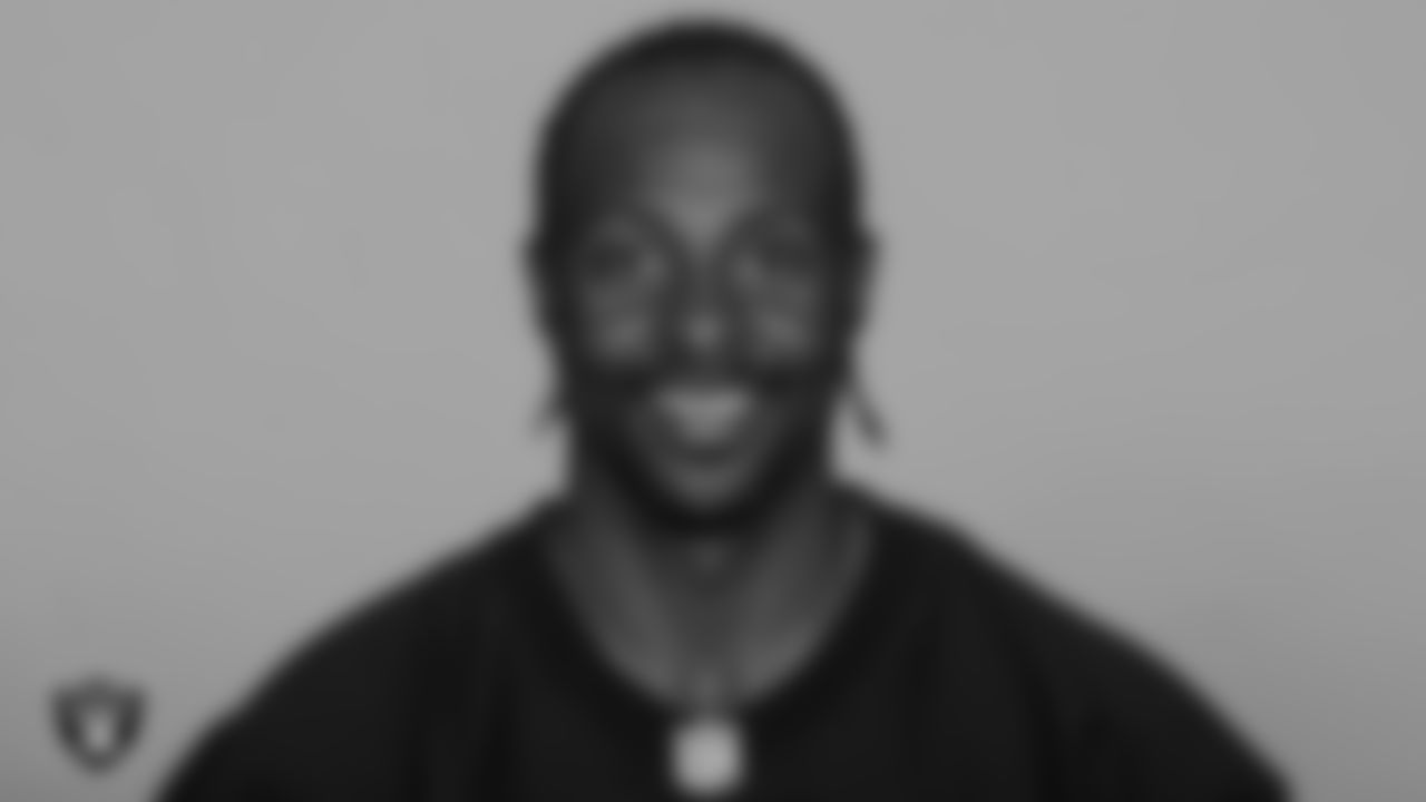 One of the most decorated players in NFL history, Rice joined the Raiders in 2001 and played in 54 games with 51 starts. Over four seasons with the Silver and Black, he caught 243 passes for 3,286 yards and 18 TDs. Rice was inducted into the Pro Football Hall of Fame in 2010.