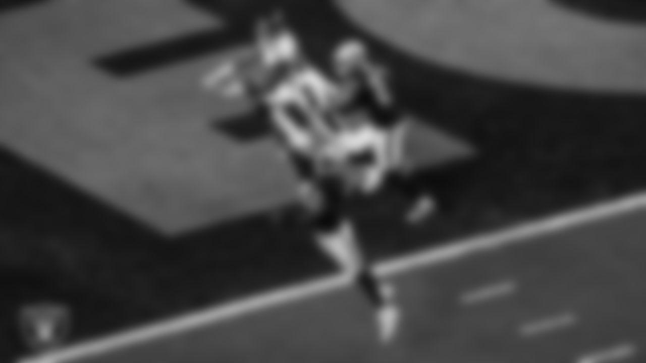Las Vegas Raiders linebacker Cory Littleton (42) breaks up a pass during the regular season home game against the Baltimore Ravens.