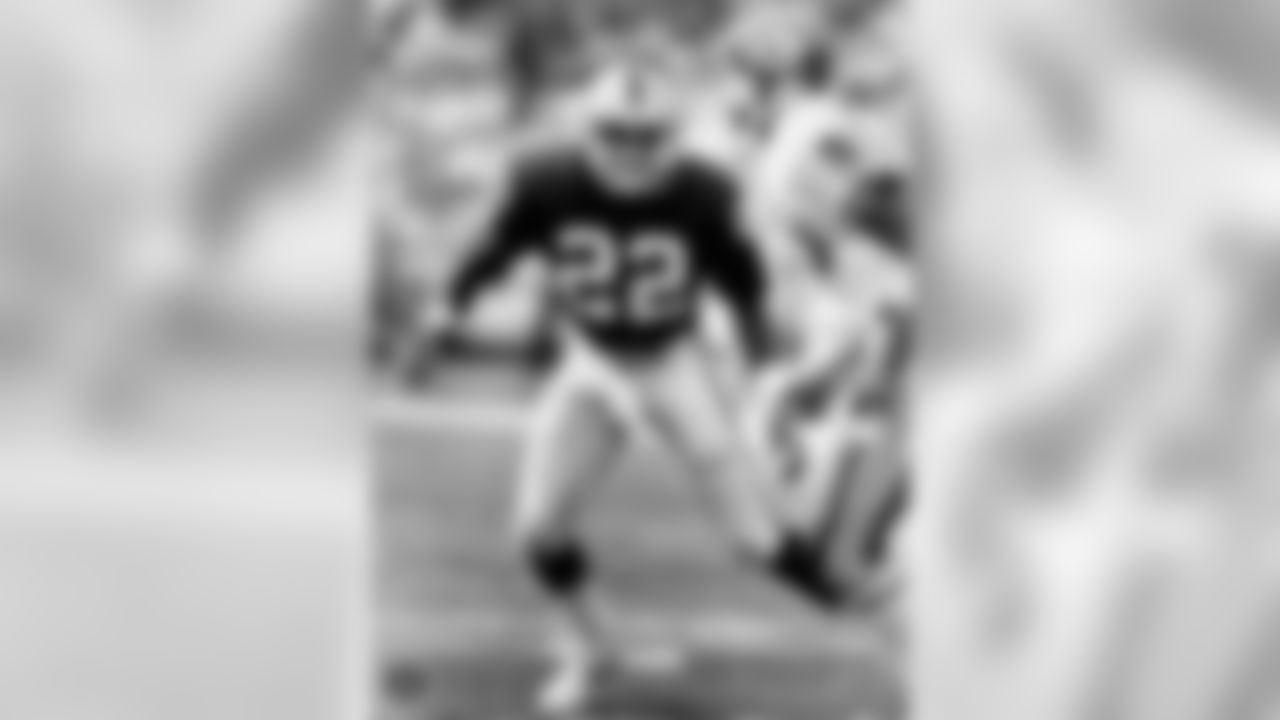 Mike Haynes played 87 games from for the Raiders between 1983-89. During his time with the Raiders, he had 18 interceptions for 295 yards and 1 touchdown. Haynes was a member of the Raiders Super Bowl XVIII championship team and was inducted into the Pro Football Hall of Fame in 1997.