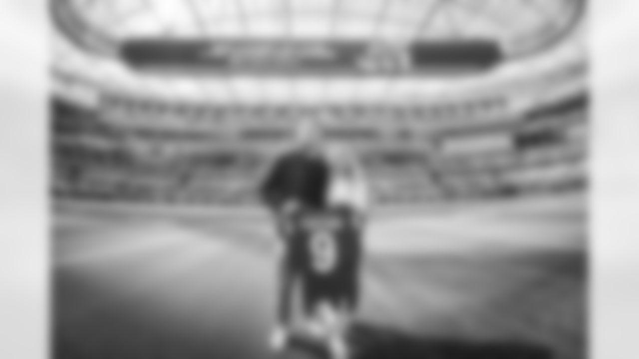 Matthew Stafford's first visit to SoFi Stadium.