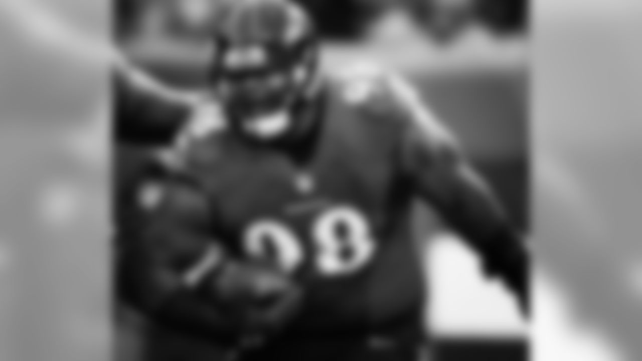 "@brandonw_66 (Brandon Williams) Thank you to the fans and NFL colleagues who voted for me,"" Williams said in a statement. ""It is an honor to represent the city of Baltimore and the Ravens organization. My wife and I couldn't hold back our tears of excitement and joy to know that after six wonderful years in the NFL, and with God's guidance, we have reached our goal of getting selected to the Pro Bowl! I couldn't be more appreciative and thankful to everyone who has had a hand or vote in getting my dream to come true, and I look forward to playing the game in Orlando. I vowed to myself and to my wife that we could not take a trip to Hawaii until after I went to the Pro Bowl. Honey, pack your bags! #GodisGood #CantStop #WontStop #PRO_BOWL_HERE_I_COME #ImGoingToDisneyWorld #SomebodyStopMe #BigBabyOnDaLoose!!!!!!"